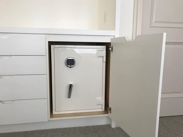 Taylor-safe-installed-2-for-instagram-copy